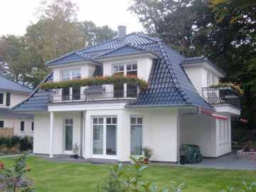 Haus Ahrenshoop mit Mansarddach