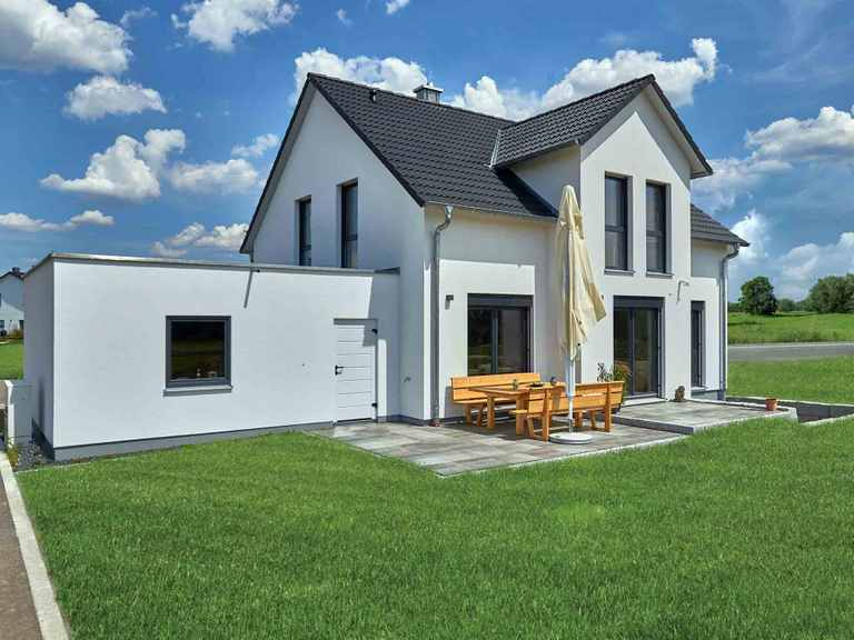 Einfamilienhaus Friedel - Fertighaus WEISS