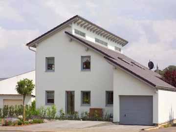 Einfamilienhaus mit Einliegerwohnung - WOLF System Haus