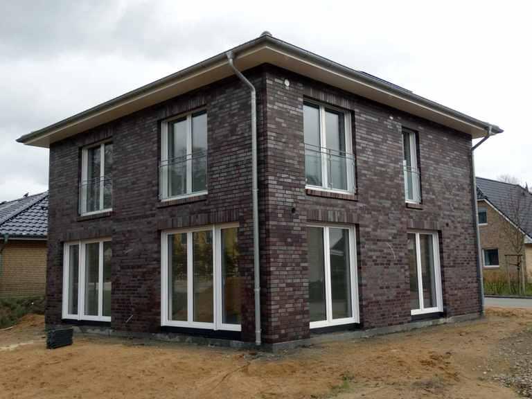 Stadtvilla Oelixdorf - Hausbau- Planungs- und Beratungsservice Nord