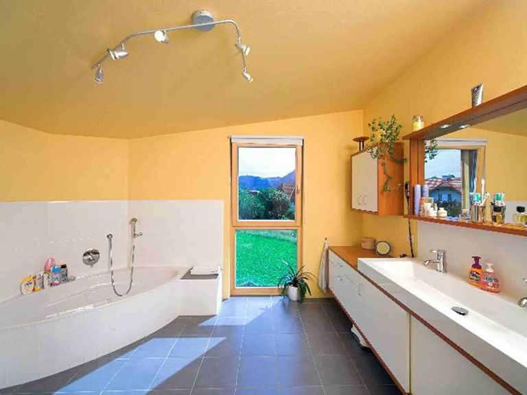 Combino Pulthaus - WOLF System Haus Badezimmer