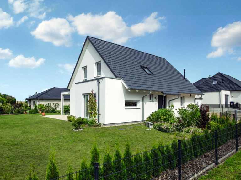 Klassisches Einfamilienhaus Balance 300 - WeberHaus