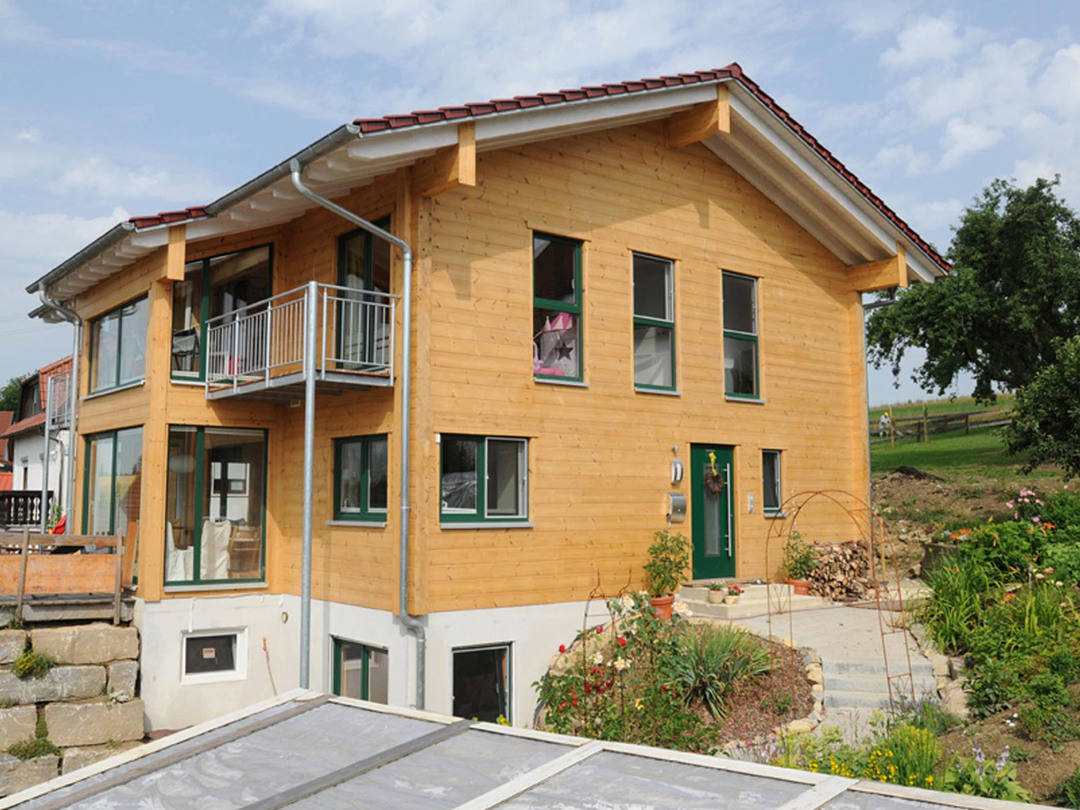 Holzhaus am Limes von Fullwod Wohnblockhaus