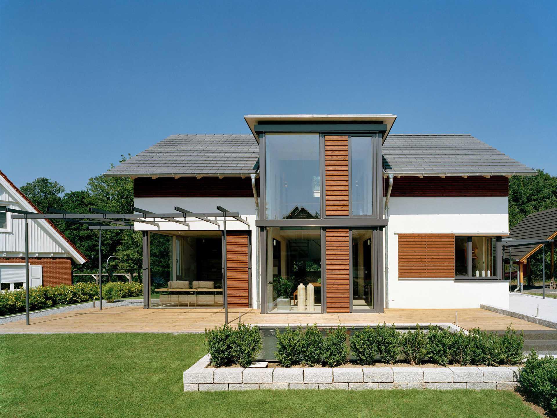 R. Frammelsberger Design 168, Bad Vilbel