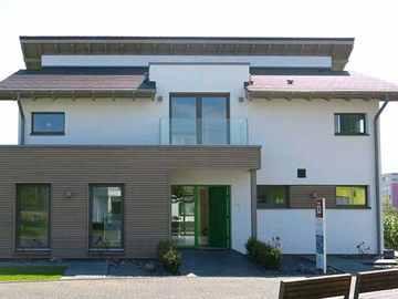 ISOWOODHAUS Musterhaus Effizienzhaus 55, FertighausWelt Köln