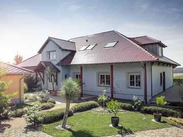 Massive Wohnbau Einfamilienhaus 1